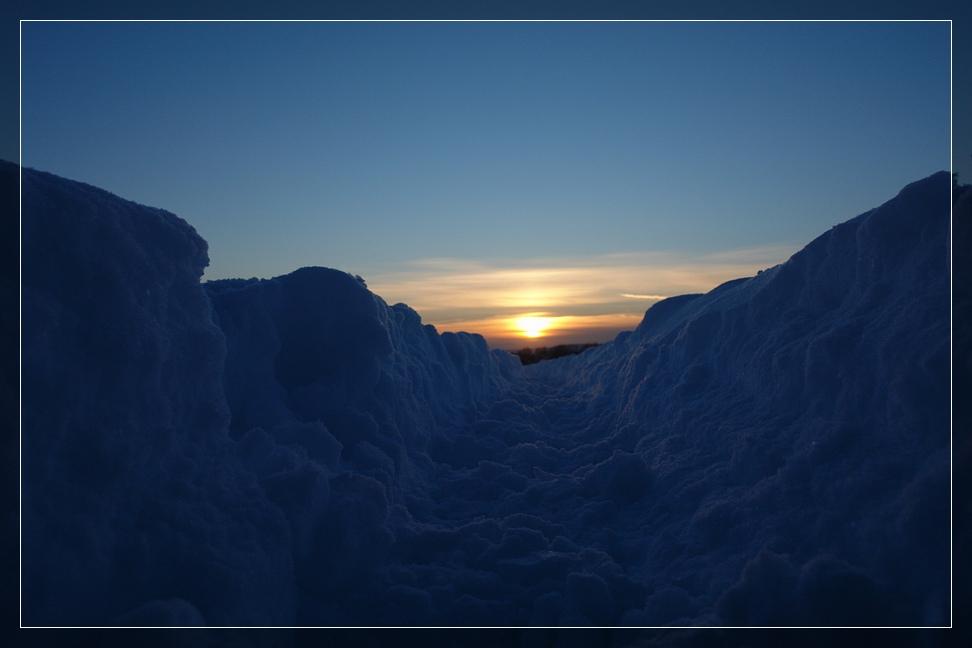 Sonneruntergang im Schnee