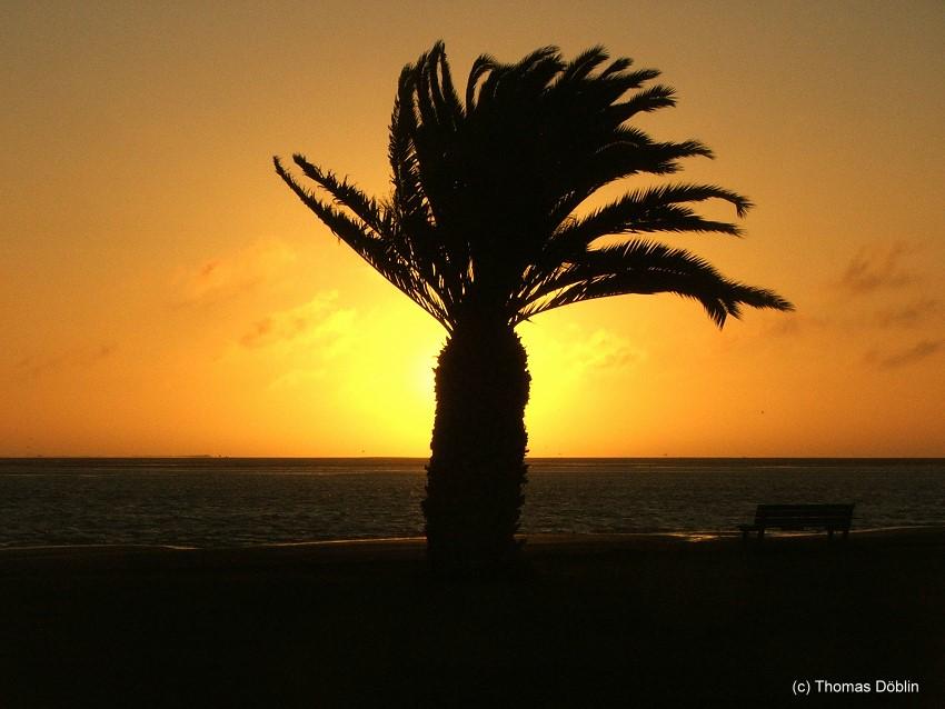 Sonneuntergang in Namibia (Walvis Bay)