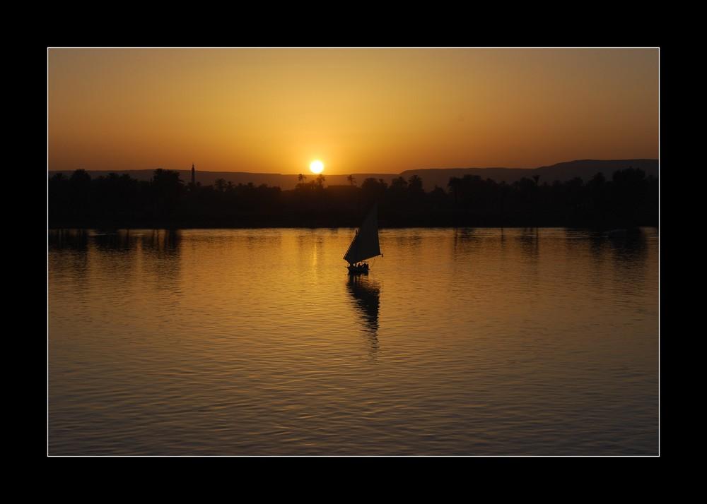 Sonneuntergang über dem Nil