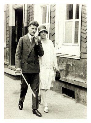 Sonntagsspaziergang in den 20er Jahren