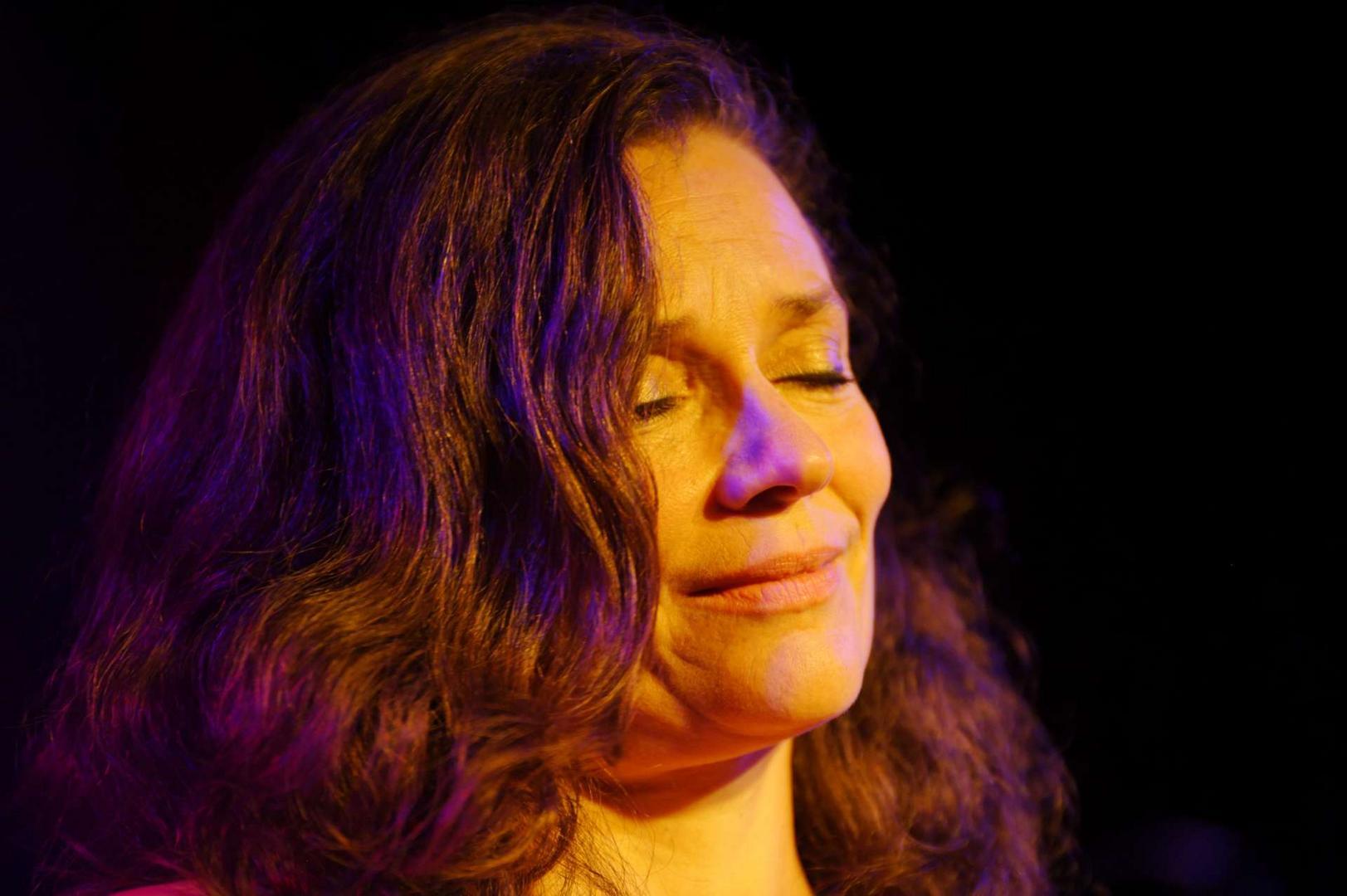 Sophie Wegener und ihre Band Zona Sul in der Unterfahrt 2013 - die Vierte