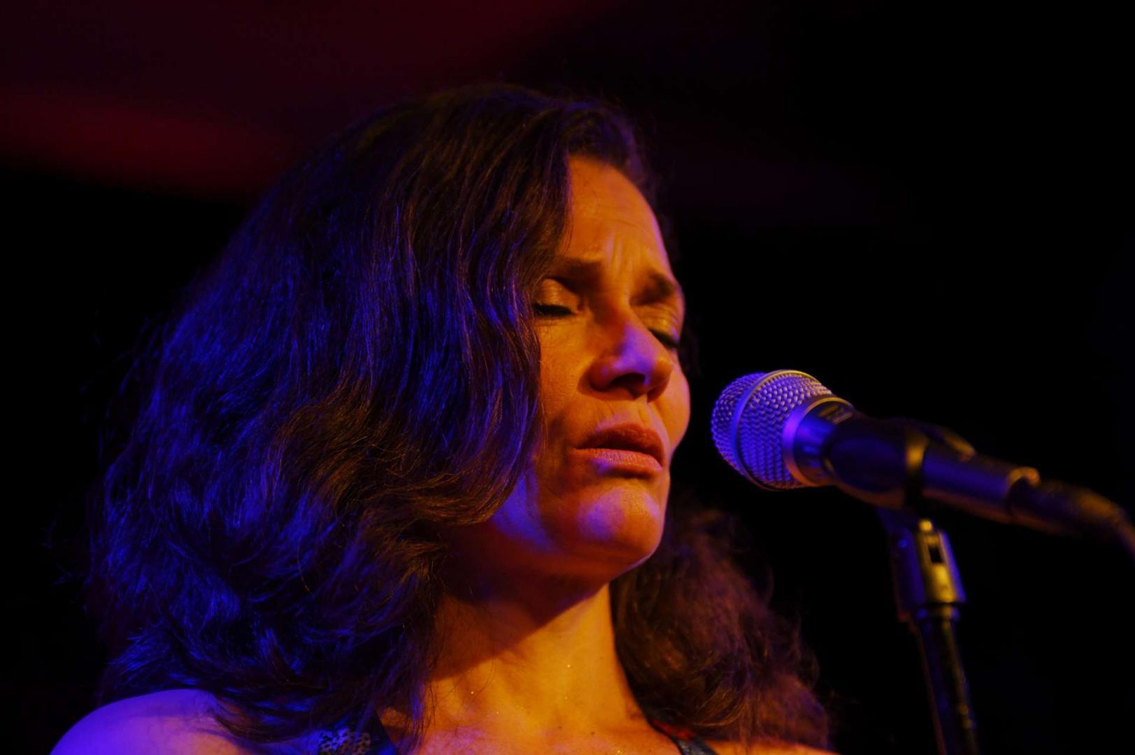 Sophie Wegener und ihre Band Zona Sul in der Unterfahrt 2013 - die Zweite