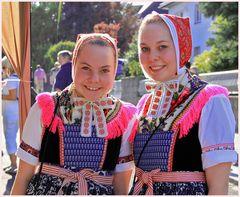 Sorbische Trachten Mädchen