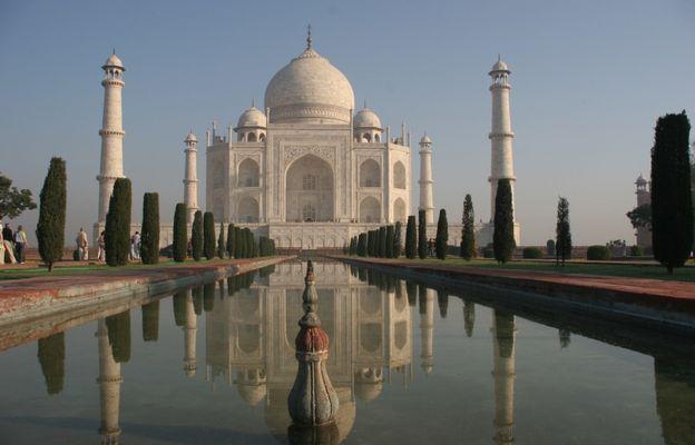 Sorry, konnte es nicht lassen - Taj Mahal zu 1xxx-.ten
