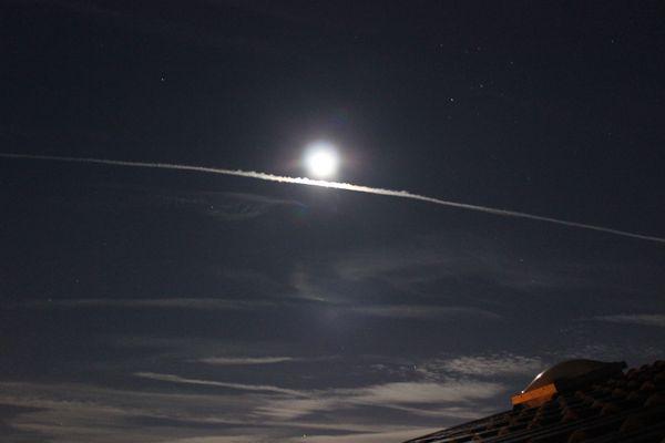 soulignons la lune