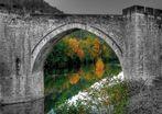 Sous le pont de Cahors.