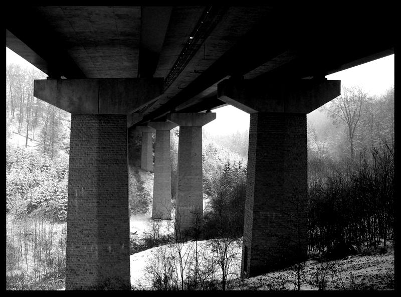 """sous le pont """"die zweite"""""""