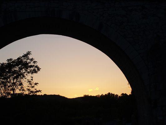 sous le pont retoucher sous photofiltre