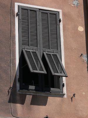 Sous les fenêtres de PEILLE /ALPES-MARITIMES