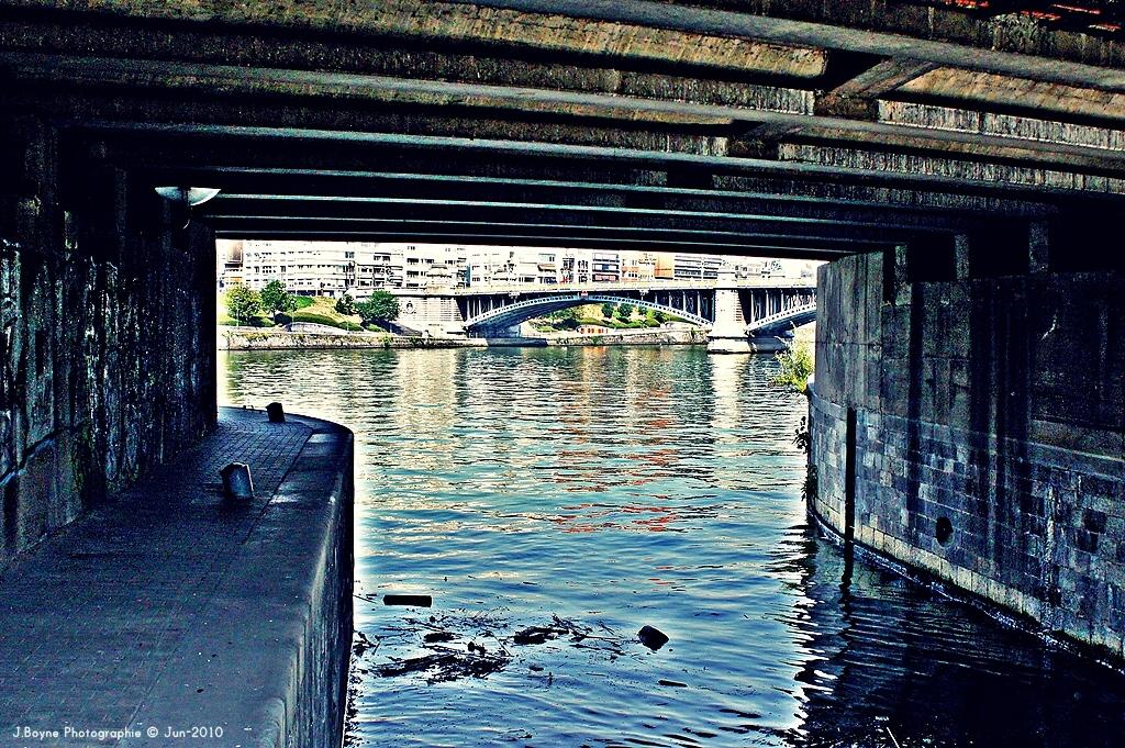 Sous les ponts !