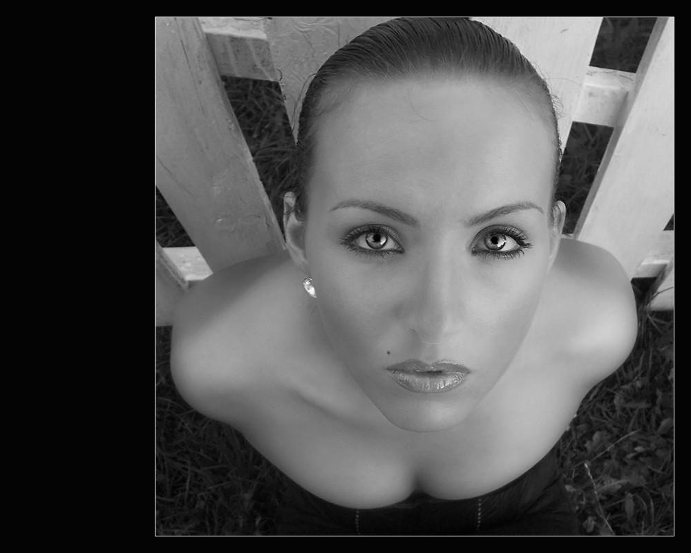 Sous l'hypnose de ces yeux...(S/W version)