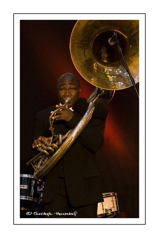 Sousaphone -2-
