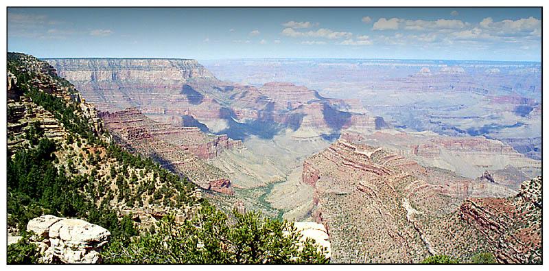 South Rim View in den Canyon - Grand Canyon N.P., Arizona; USA