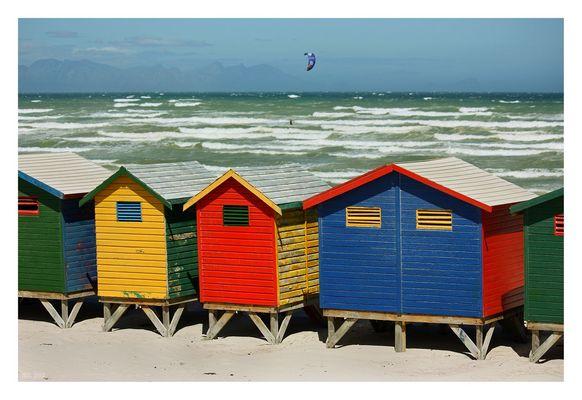 [southafrica] ... muizenberg beach huts II