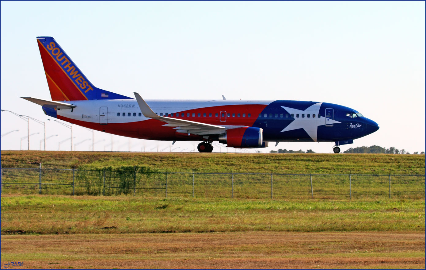 """Southwest Airlines Boeing 737-300 """"Lone Star"""""""