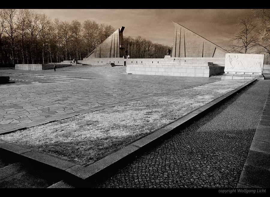 Sowjetisches Ehrenmal, Berlin-Treptow