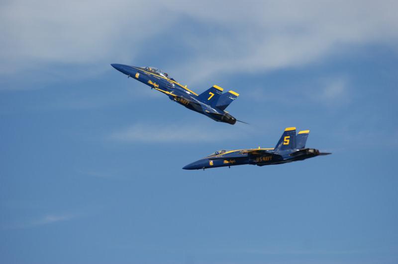 Space & Air Show KSC 2008 - Blue Angels 03