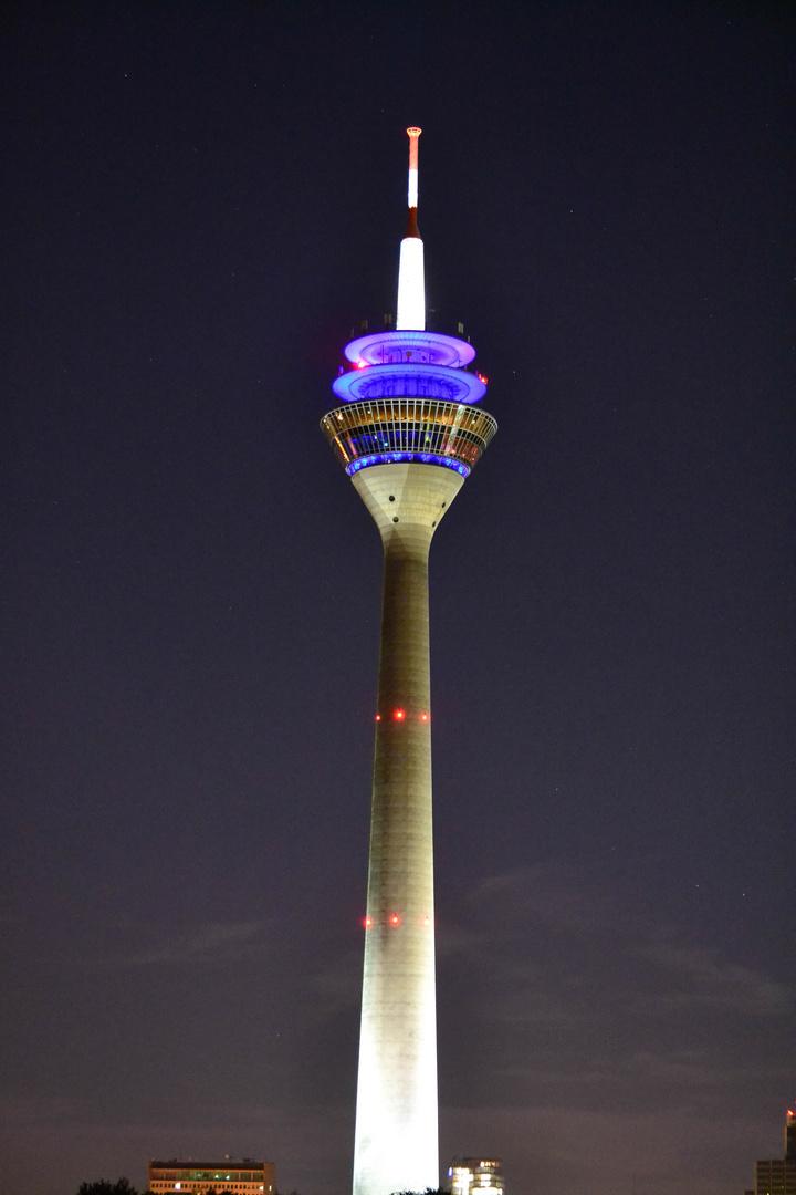 Space Needle Düsseldorf die zweite