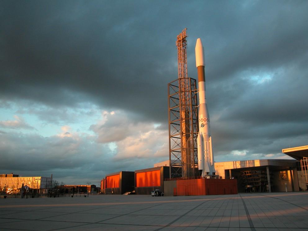 Space Park Bremen - Dunkle Wolken