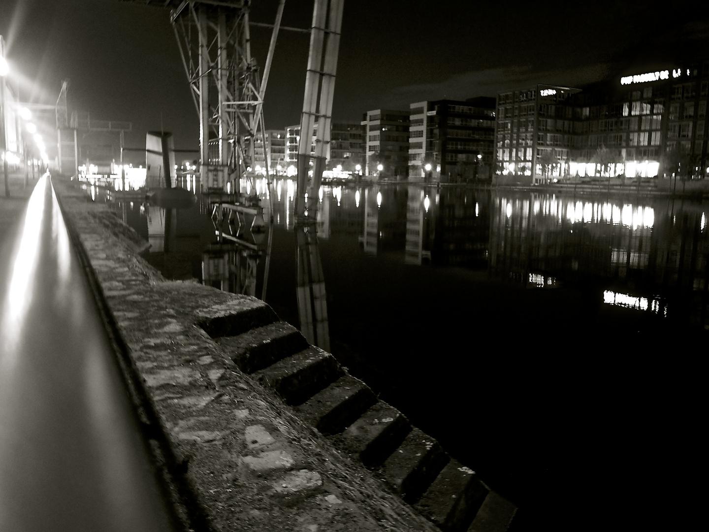 Spät am Hafen #2