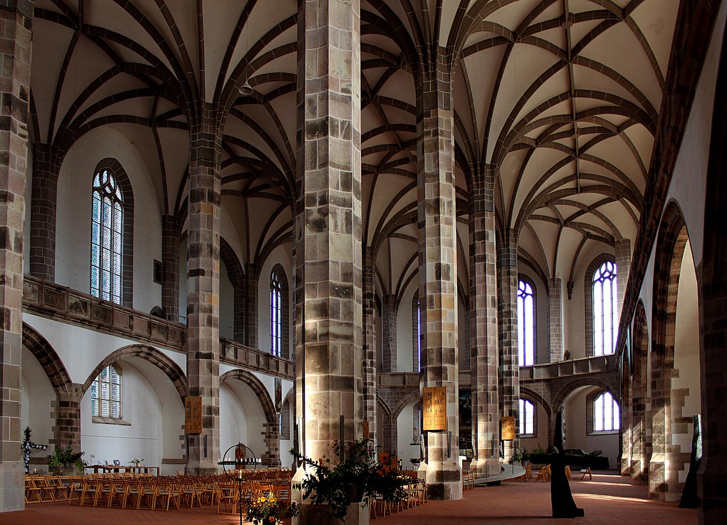 spätgotische St. Wolfgangskirche in Schneeberg