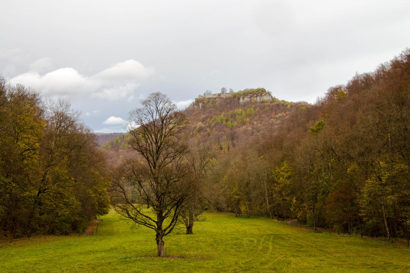 Spätherbst Burg Hohenurach
