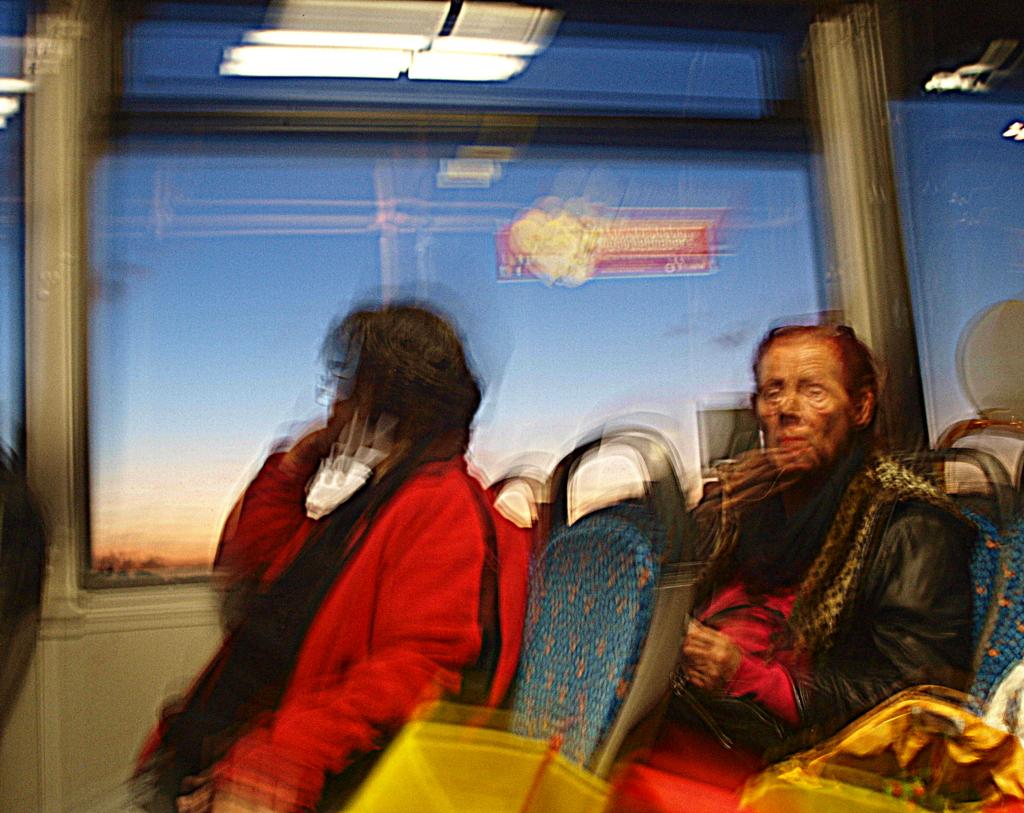 spätnachmittag im Bus