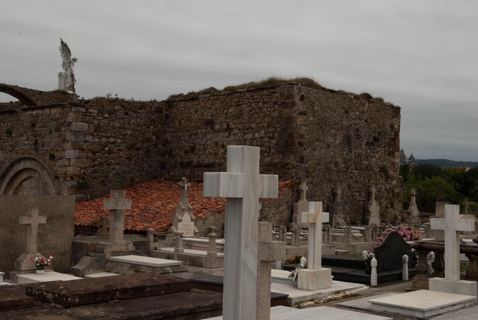 Spanien; Comillas Friedhof