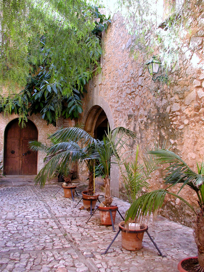 spanischer innenhof foto bild europe balearic islands spain