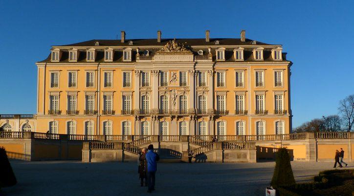 Spaziergang am Schloss