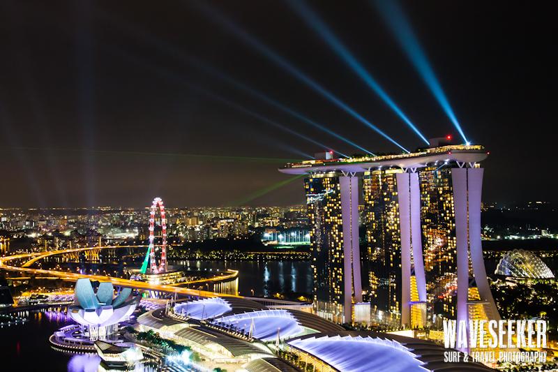// Spectacular lightshow @ Marina Bay Sands / Singapore