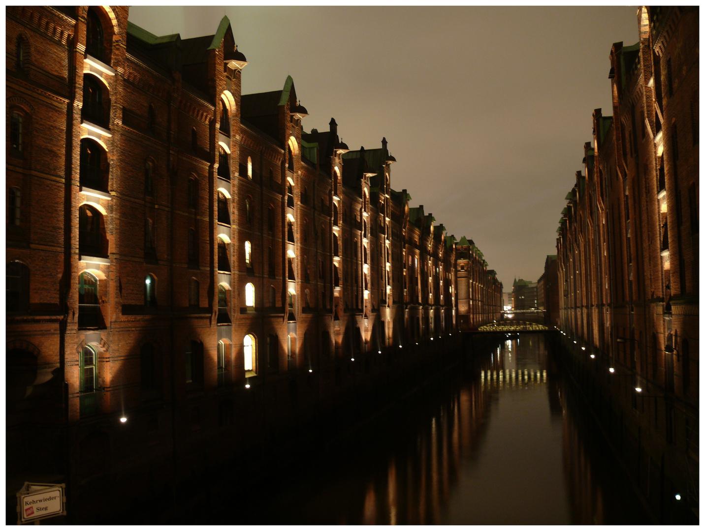 Speicherstadt bei Nacht....