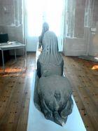 Sphinx in kleiner Bibliothek Potsdam