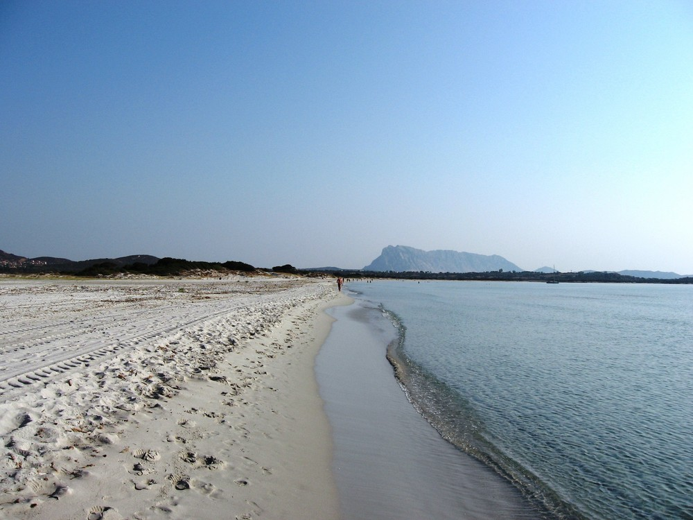 Spiaggia della Cinta al mattino San Teodoro Sardegna