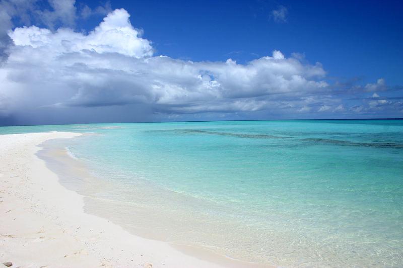 Spiaggia e mare maldive foto immagini paesaggi mare for Immagini sfondo mare