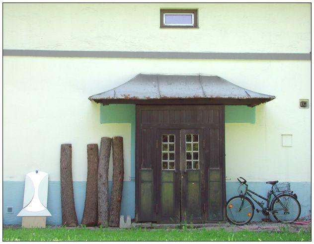 Spiegel - Baumstamm - Tür - Fahrrad