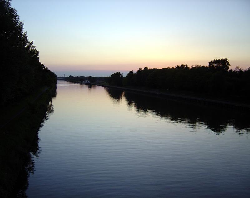 Spiegel im Fluss