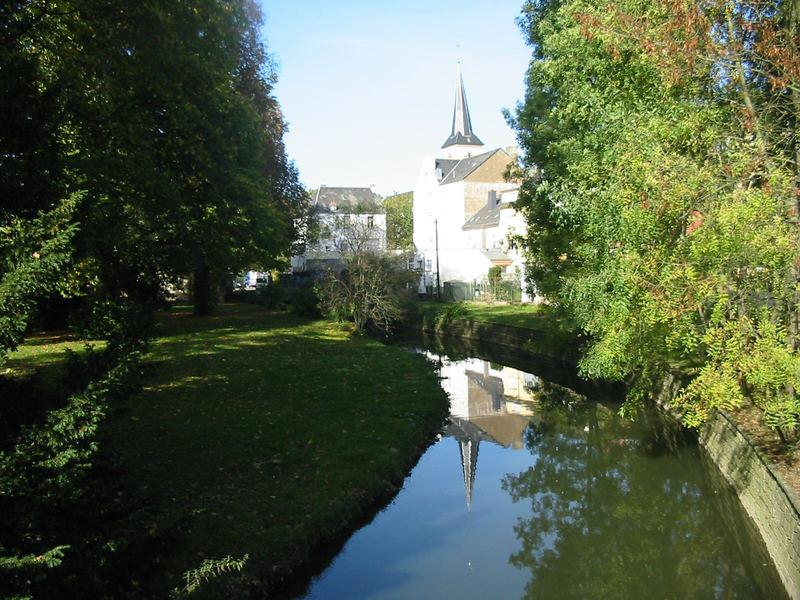 Spiegelbild Kirche