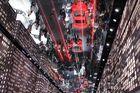 Spiegelbild von der Audi-Welt auf der IAA 2013