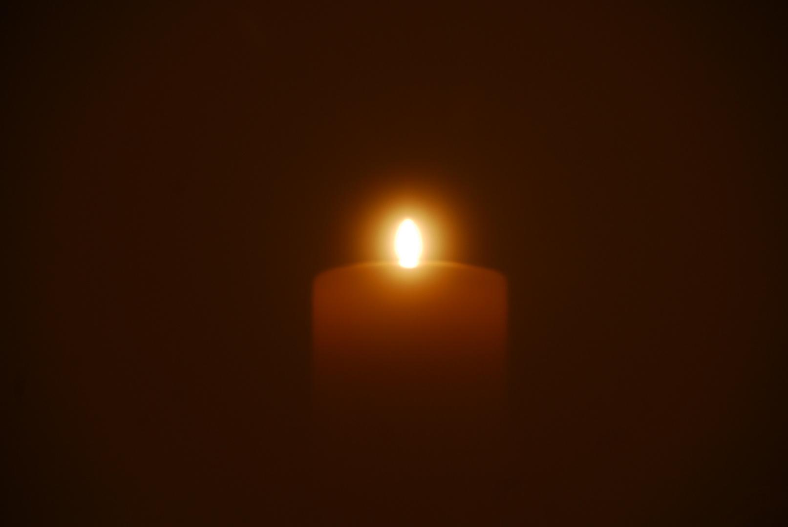 Spiegelbild von einer Kerze