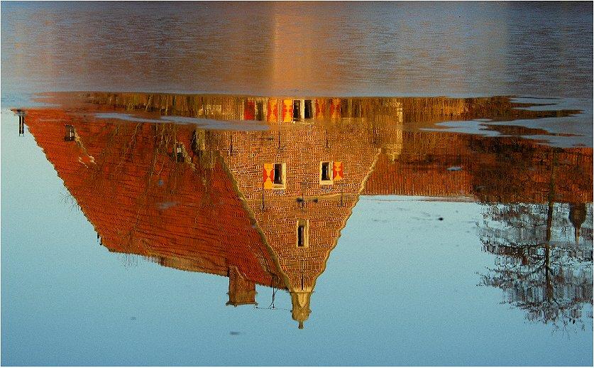 Spiegelung bei Schloss Raesfeld/ Kreis Borken