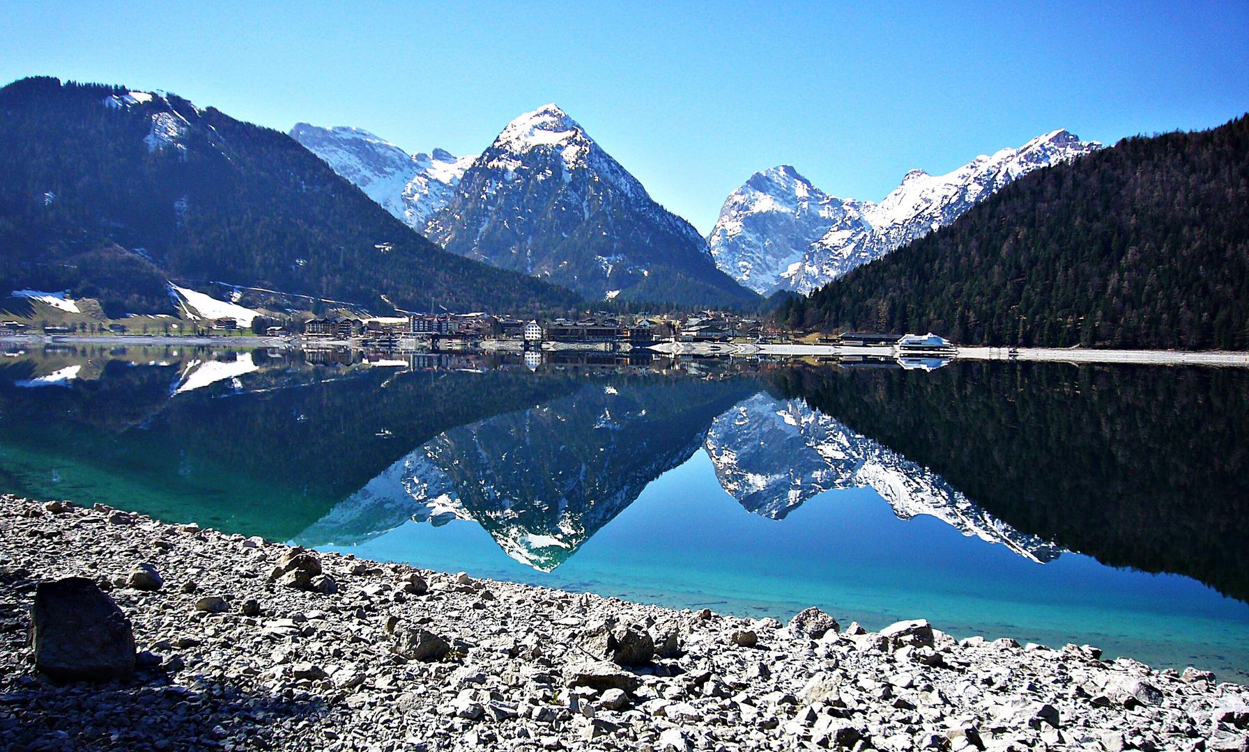 Spiegelung im Achensee