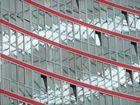 Spiegelung im Innern des SONY-Center