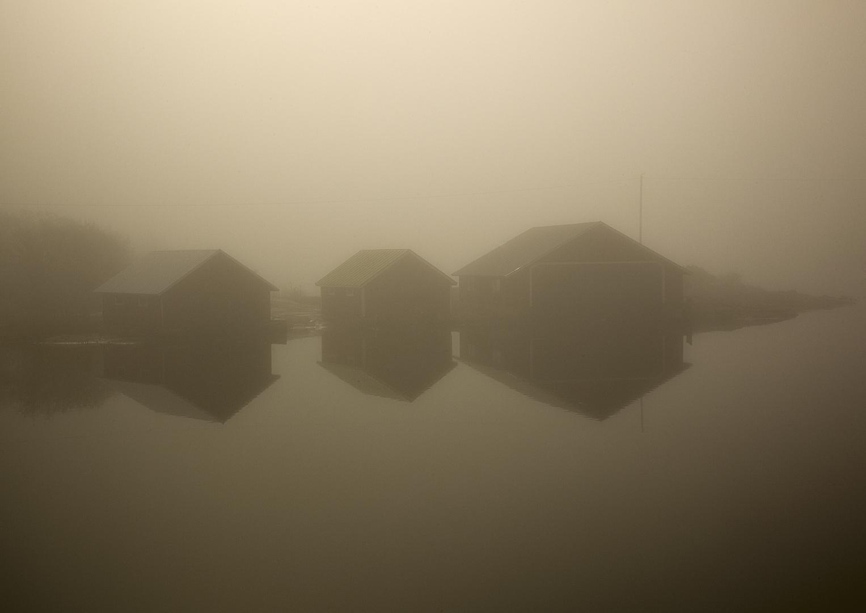 Spiegelung im Nebel
