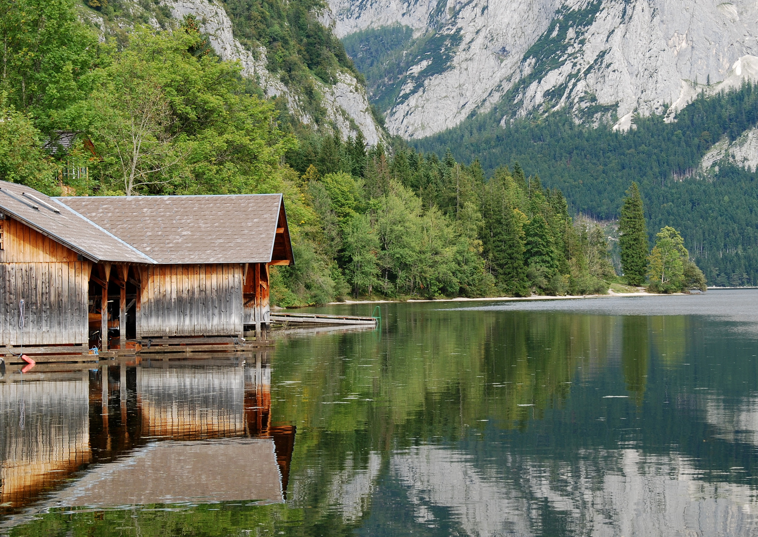 Spiegelungen am Toplitzsee