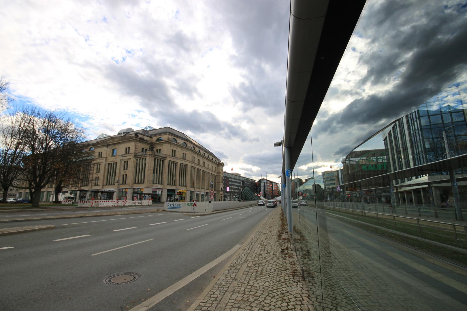 Spiegelungen in Chemnitz