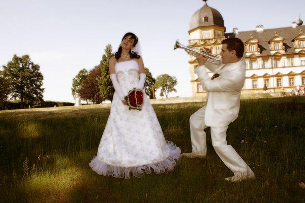 Spiel mir das Lied der Hochzeit ;-)