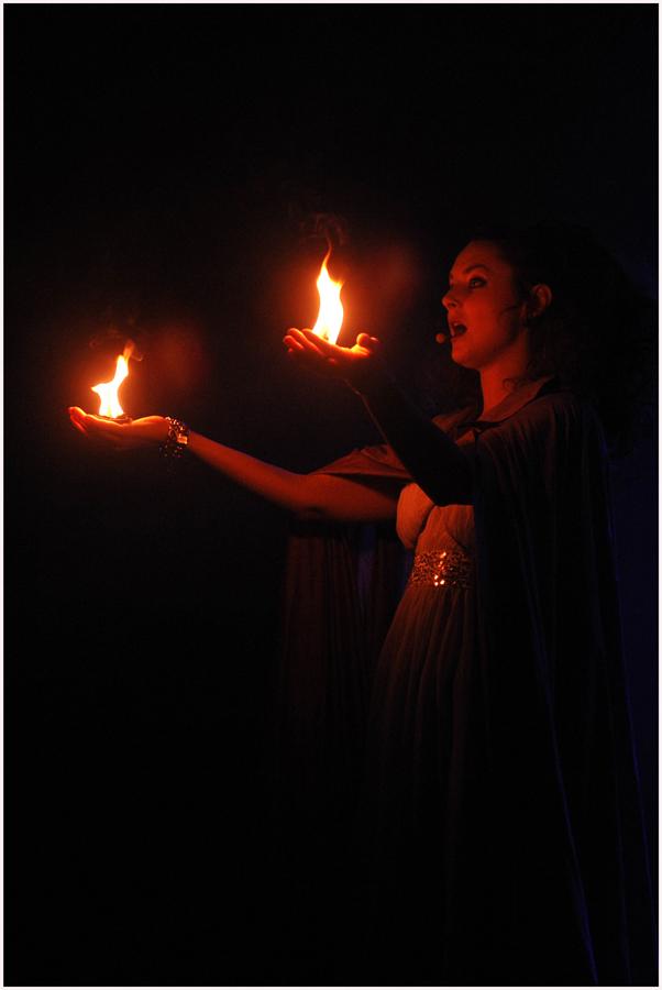 Spielen mit dem Feuer: Gregorian