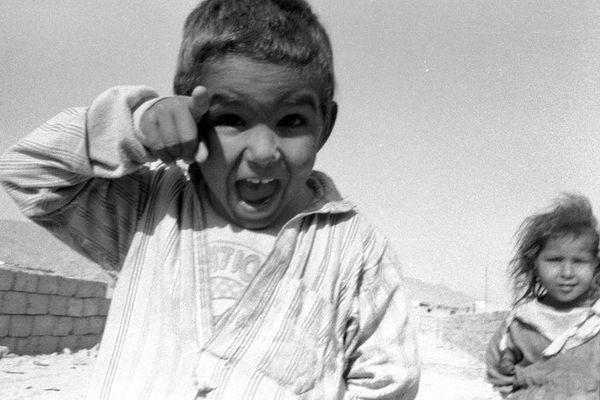 Spielende Kinder im Sinai