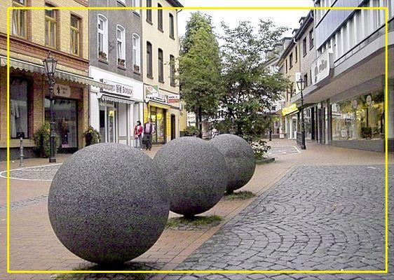 Spielkugeln in der City